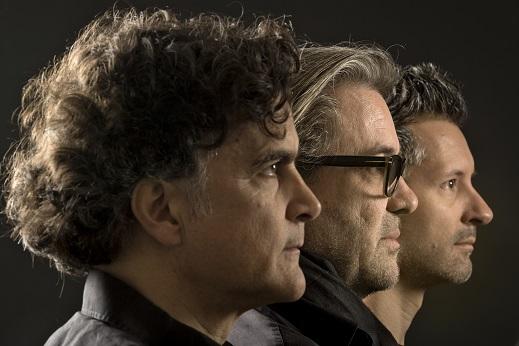 Thierry Lang,Heiri Känzig,Andi Pupato Trio 2016 公演_e0081206_1125831.jpg