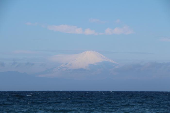 冬の海を見に_d0150720_1625776.jpg