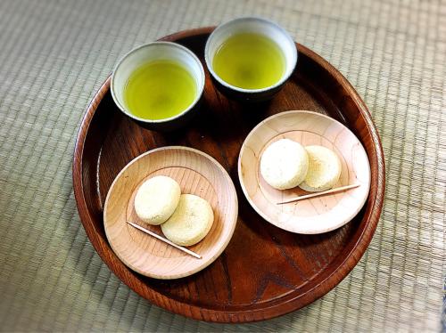 二軒茶屋餅角屋本店_e0292546_01175327.jpg