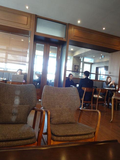 おひとりソウル その19 歴史ある絶景カフェに感激♪トクスリタバン@新村_f0054260_1745588.jpg