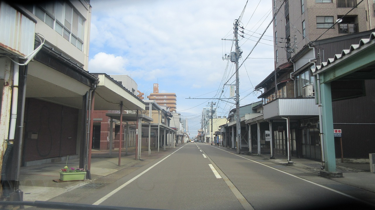 高田本町雁木通りドライヴィリング_b0163804_11125331.jpg