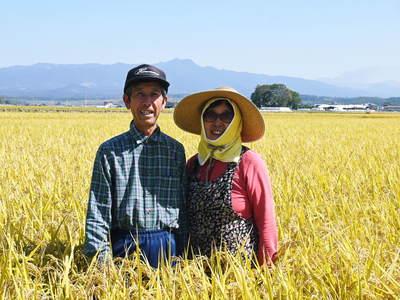 七城米 長尾農園 平成28年度のお米作りがスタートです!まずは満遍なく堆肥をまきます!!_a0254656_18484299.jpg