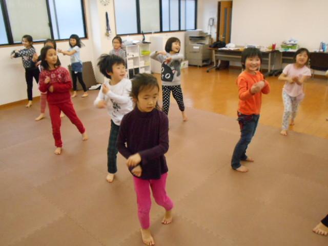 2月24日 ダンス教室_c0315908_17100404.jpg