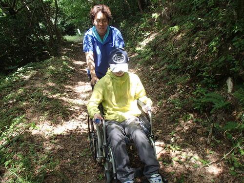 里山での福祉の活動_f0187336_23524945.jpg
