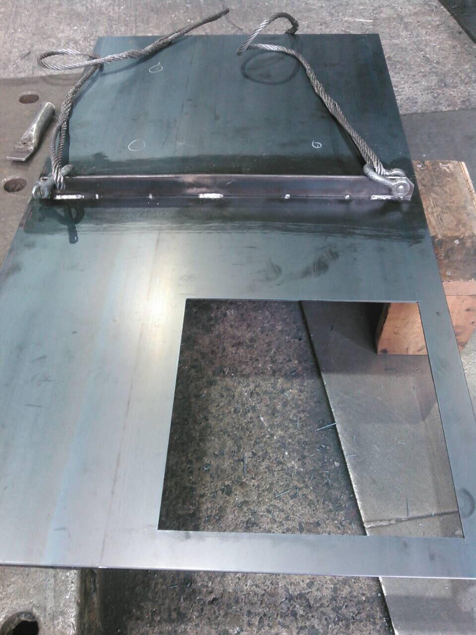油タンク製作  補強 天板、底板溶接_f0228240_21350364.jpg