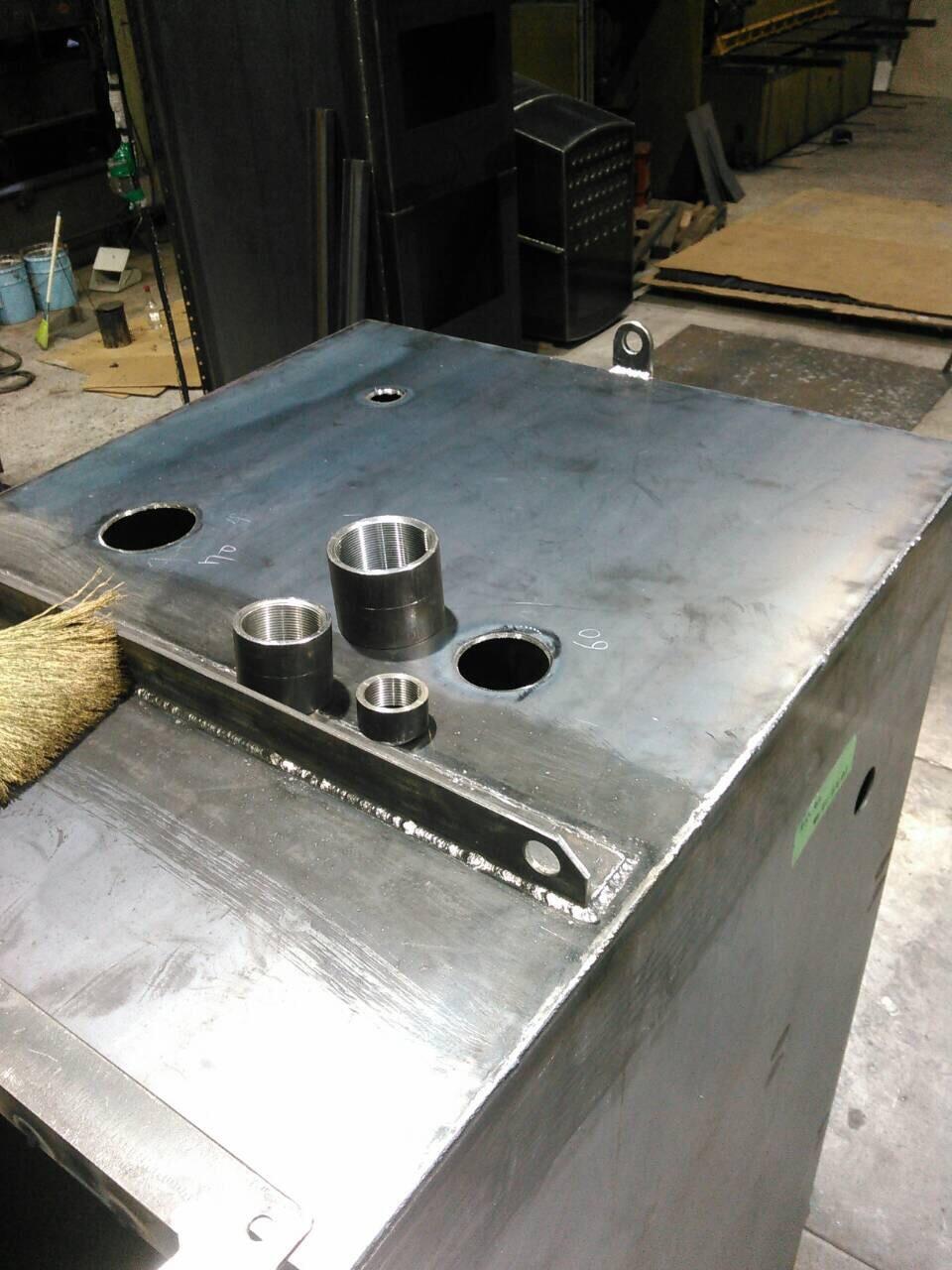 油タンク製作 フランジ・ソケット溶接_f0228240_21354359.jpg