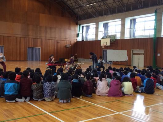 2016/2/23「小学校訪問してきました!」_e0242155_01024708.jpg