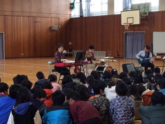 2016/2/23「小学校訪問してきました!」_e0242155_01024845.jpg