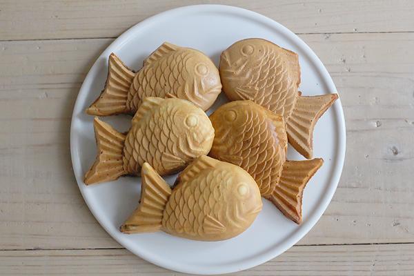 本格薄皮たい焼きとふわふわパンケーキとホットサンド_f0149855_5362787.jpg