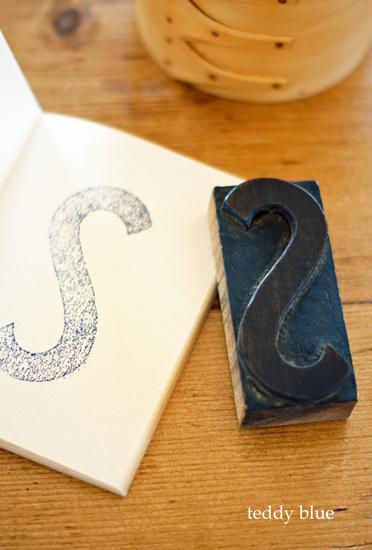 vintage wooden typeset block letter ウッドブロックレター_e0253364_20271428.jpg
