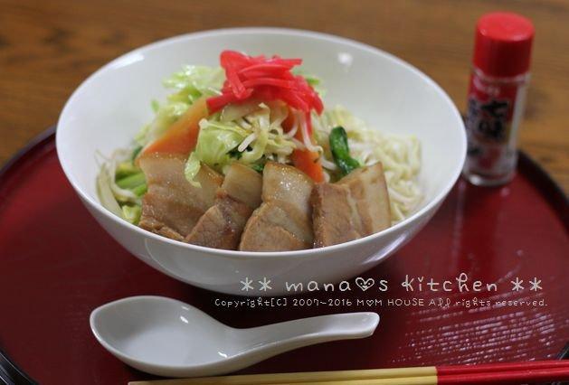 鶏そぼろごはんと天ぷらセット✿三枚肉野菜そば♪_c0139375_10223586.jpg