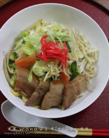 鶏そぼろごはんと天ぷらセット✿三枚肉野菜そば♪_c0139375_10225685.jpg