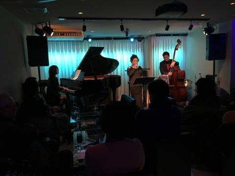 Jazzlive comin 広島 本日木曜日のライブ_b0115606_11583515.jpeg
