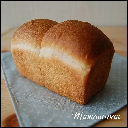 自家製酵母ではちみつミニ食パン_b0351606_12073940.jpg