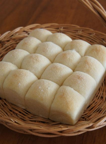 朝食はリクエストパンを焼き立てで♪_b0351606_12225801.jpg