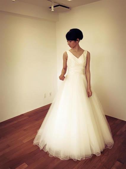 花嫁の心にまでフィットするヴィーヴ ラ マリエの素敵ドレス!_c0043737_2035356.jpg