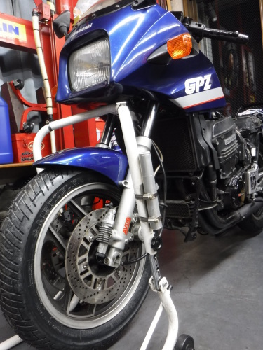 GPZ900R・・・新旧メンテナンス。その1_a0163159_22391109.jpg