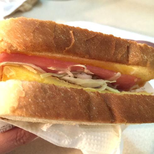 おひとりソウル その20 韓国式トースト大好き♪&バニラコのポーチ♪_f0054260_17444352.jpg