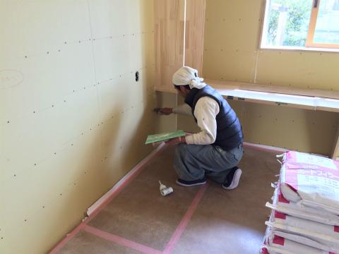 浜北小松 Yさんの家 ★大工工事、塗装工事、左官工事、内装工事_d0205883_8201272.jpg