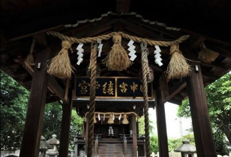 綾戸國中神社 : 古月のおと