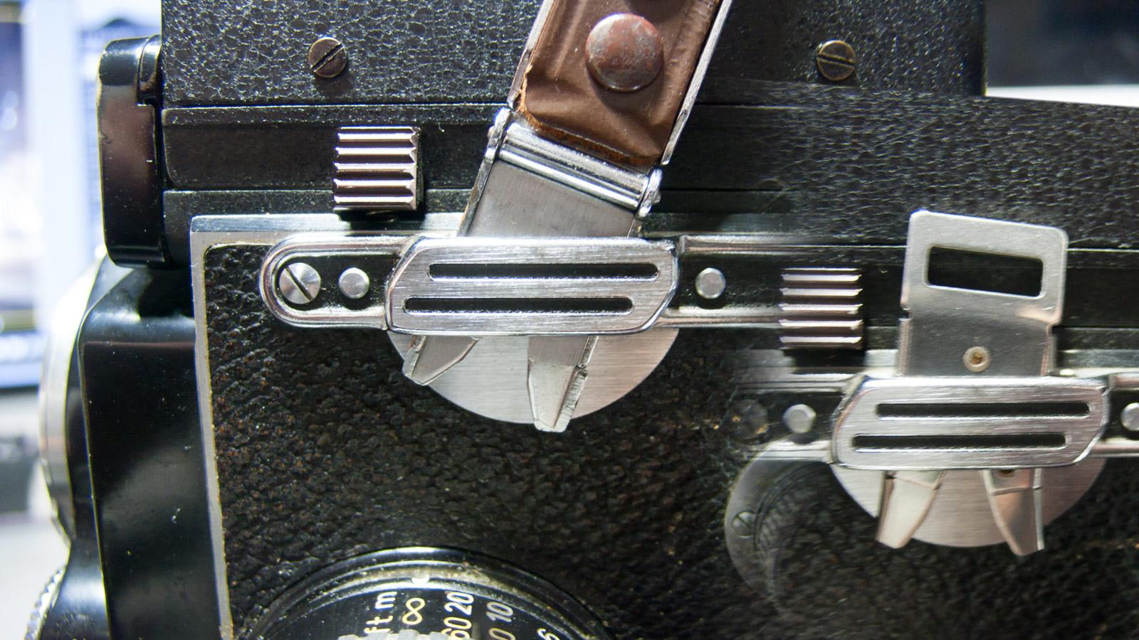 Rolleiflexストラップ蟹爪(挟み)金具_a0271402_18181889.jpg