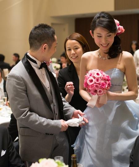 新郎新婦様からのメール ザ・ロイヤルダイナスティの花嫁様から ピンクのブーケ、プリザーブドで_a0042928_21554991.jpg