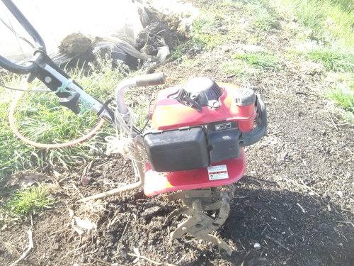 耕して.耕して....ジャガイモの準備_b0137932_174452.jpg