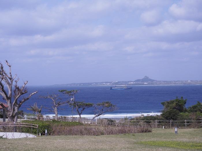 沖縄の海_a0149488_1375517.jpg