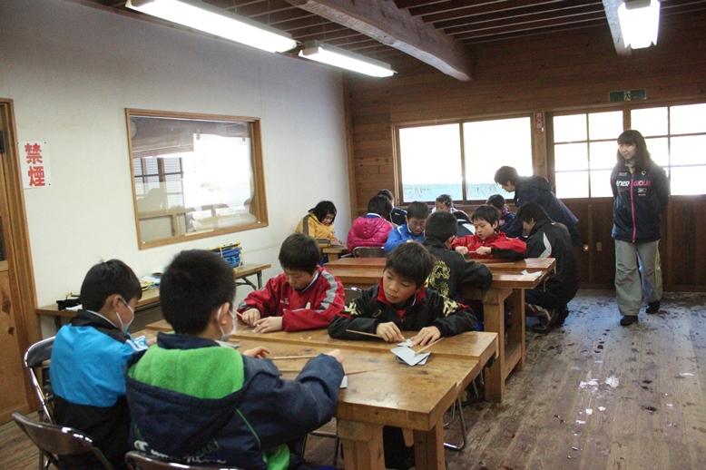 小学生が見学にきました。_f0227395_17205156.jpg
