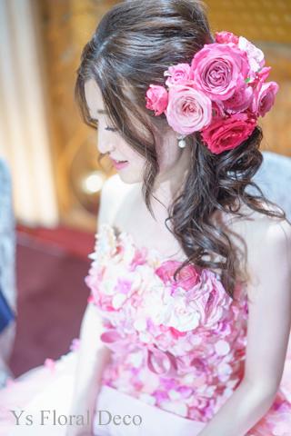 ピンク色を大人っぽく たっぷりのヘッドドレスとクラッチブーケ_b0113510_1854582.jpg
