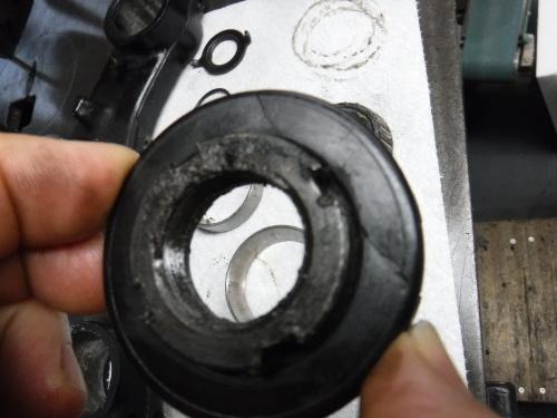 GPZ900R・・・新旧メンテナンス。その2_a0163159_22343837.jpg