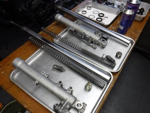 GPZ900R・・・新旧メンテナンス。その2_a0163159_22384611.jpg