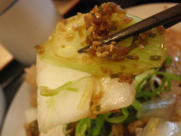 松屋の豚肉とたっぷり冬野菜炒め    箕面店_c0118393_10283136.jpg