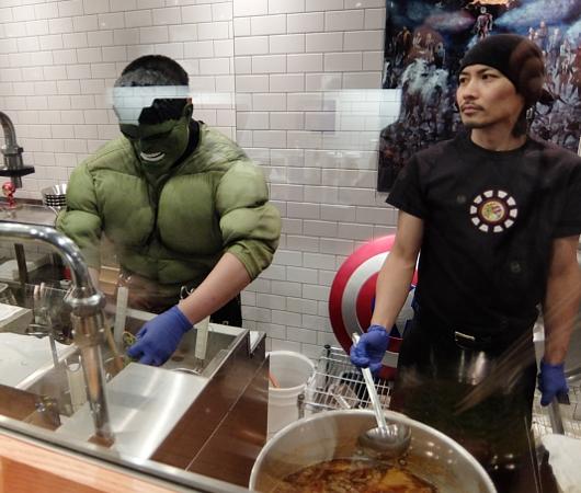 NYの人気ラーメン店、博多一風堂がアベンジャーズのマーベルとコラボ?!  Marvel Super Hero Ramen Popup_b0007805_1250417.jpg