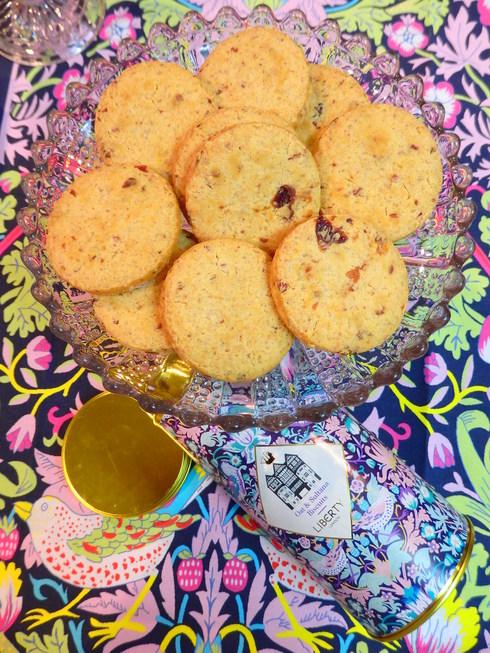 Let\'s have a cup of tea&biscuit  @ ビスケットの日とビスケットの歌♪#英国アンバサダープログラム*†  _a0053662_11244540.jpg