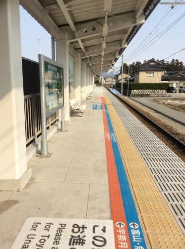 新黒部駅の誕生から、1年がたちました_a0243562_15583775.jpeg