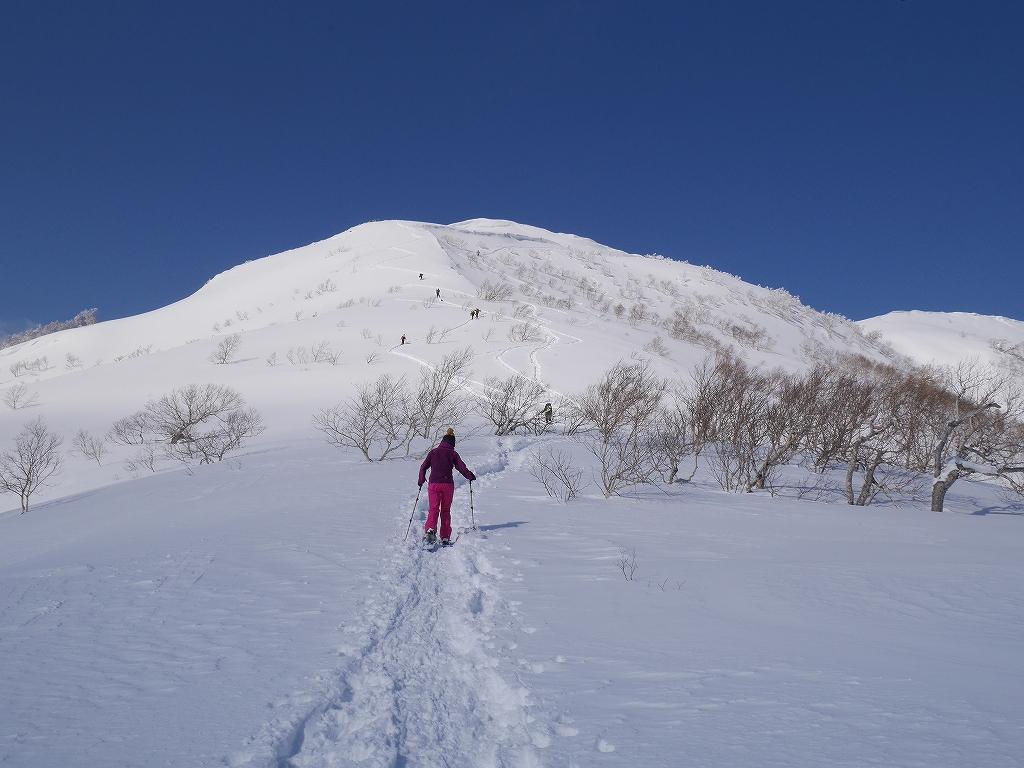 オコタンペ山、漁岳、小漁山からオコタンペ湖、2月28日-速報版-_f0138096_18282122.jpg