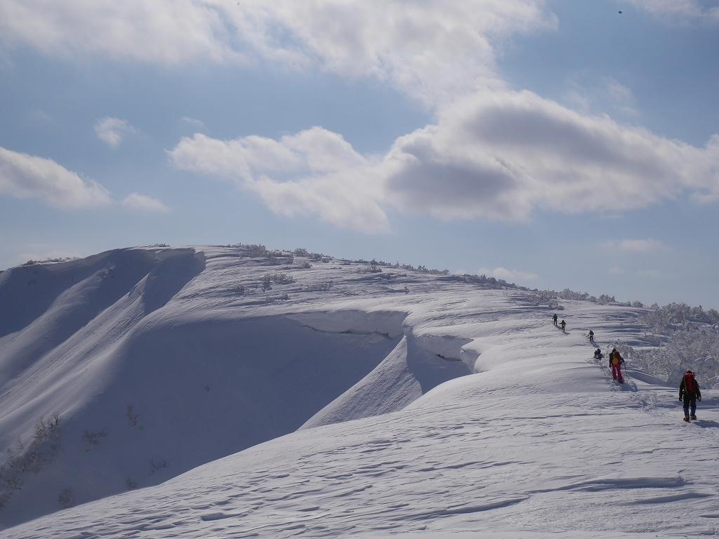 オコタンペ山、漁岳、小漁山からオコタンペ湖、2月28日-速報版-_f0138096_18284230.jpg