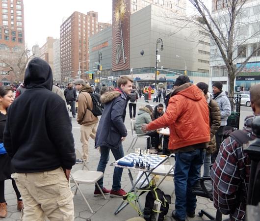 NYのユニオン・スクエアの平凡な日常シーン_b0007805_1965790.jpg