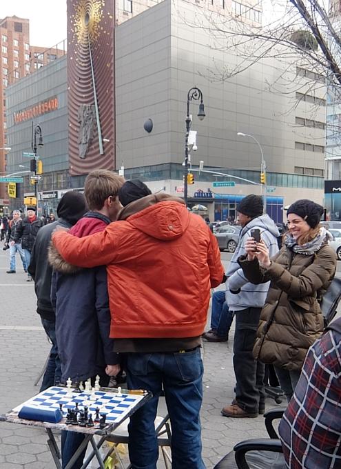 NYのユニオン・スクエアの平凡な日常シーン_b0007805_1972468.jpg