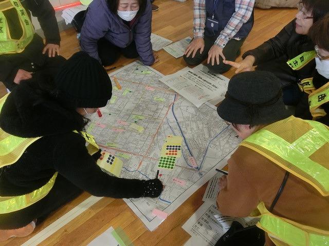 外部の人材資源を上手に活用した「第5回富士南地区避難所運営訓練」_f0141310_7482138.jpg