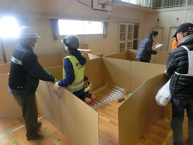 外部の人材資源を上手に活用した「第5回富士南地区避難所運営訓練」_f0141310_7495340.jpg