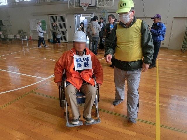 外部の人材資源を上手に活用した「第5回富士南地区避難所運営訓練」_f0141310_749733.jpg