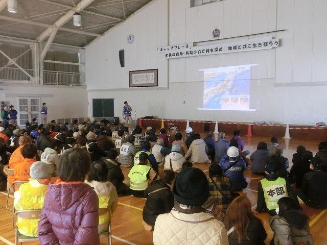 外部の人材資源を上手に活用した「第5回富士南地区避難所運営訓練」_f0141310_863847.jpg