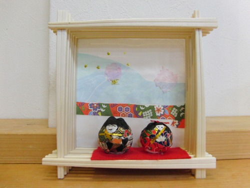 今日の雛人形作品 _e0222340_15271452.jpg