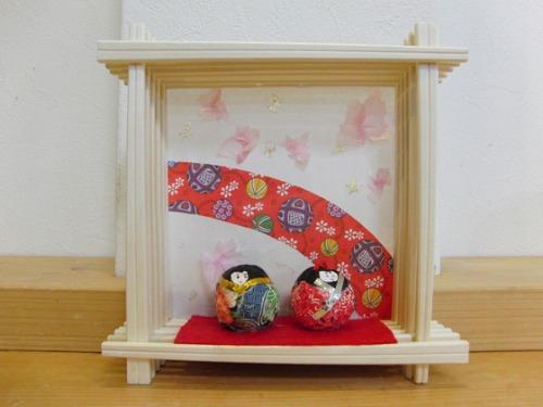 今日の雛人形作品 _e0222340_1528868.jpg