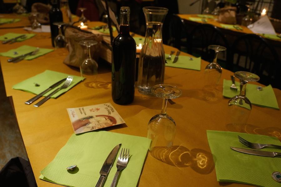 トスカーナの田舎の食事会にて_f0106597_01123297.jpg