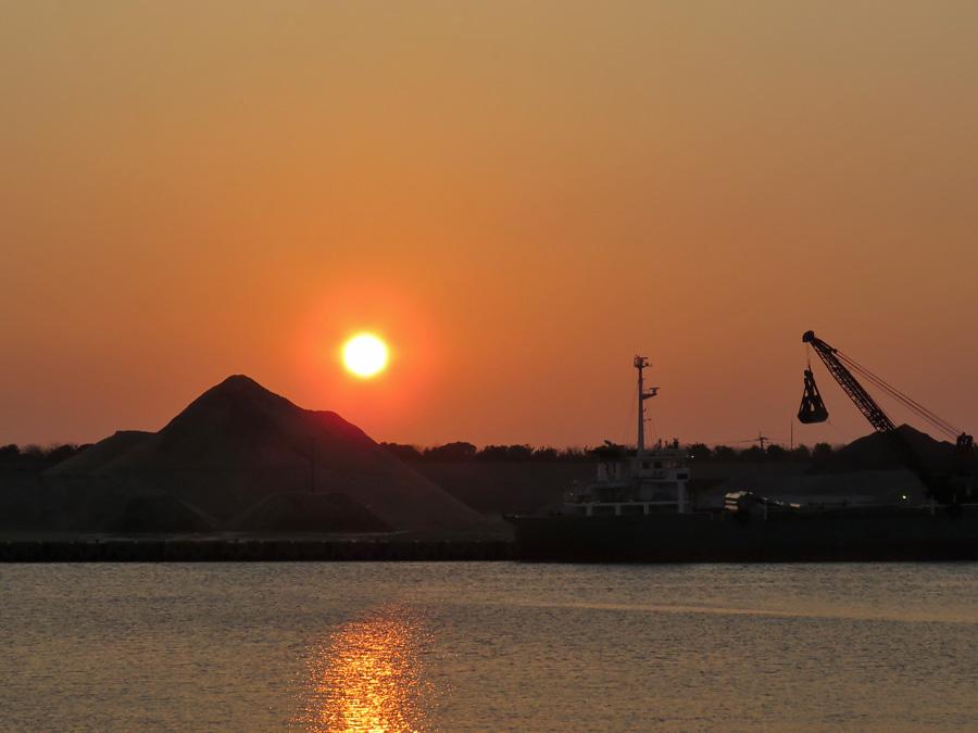 港の朝さんぽ(^o^)_c0049299_21542240.jpg