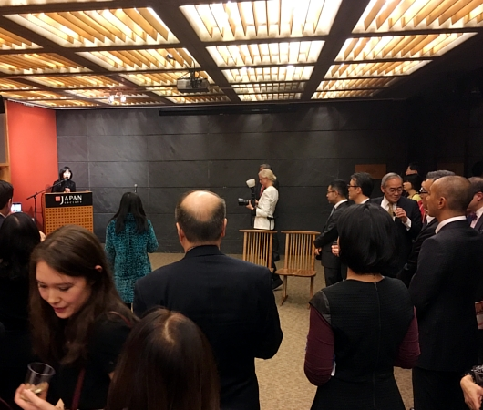 さすがプリンス、市川海老蔵さんがニューヨーク初公演前にご講演_b0007805_13291985.jpg