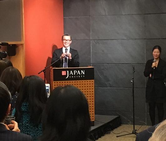 さすがプリンス、市川海老蔵さんがニューヨーク初公演前にご講演_b0007805_13292941.jpg